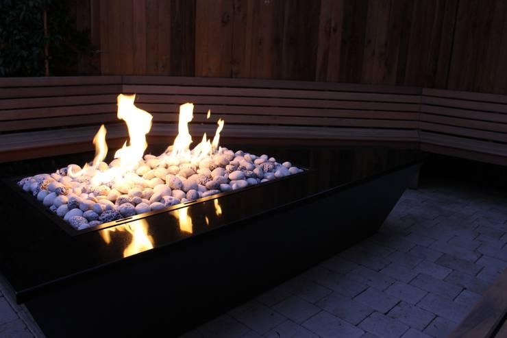 Stealth Boat Fire Table - Southampton: modern  by Rivelin, Modern