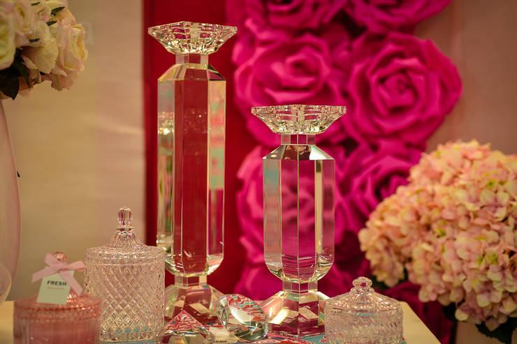le rêve en rose:  Eetkamer door Groothandel in decoratie en lifestyle artikelen