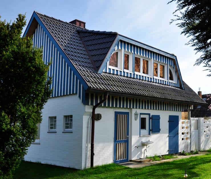 Casas de estilo escandinavo de Andreßen Architekten