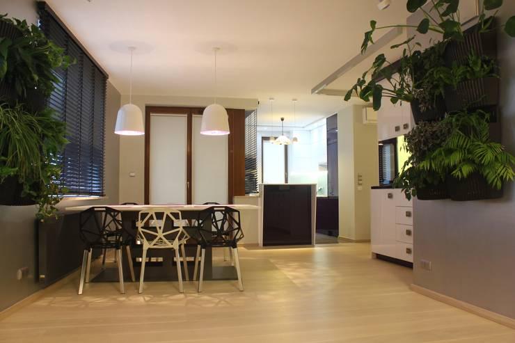 modułowy ogród wertykalny - indoor: styl , w kategorii Jadalnia zaprojektowany przez rstudio