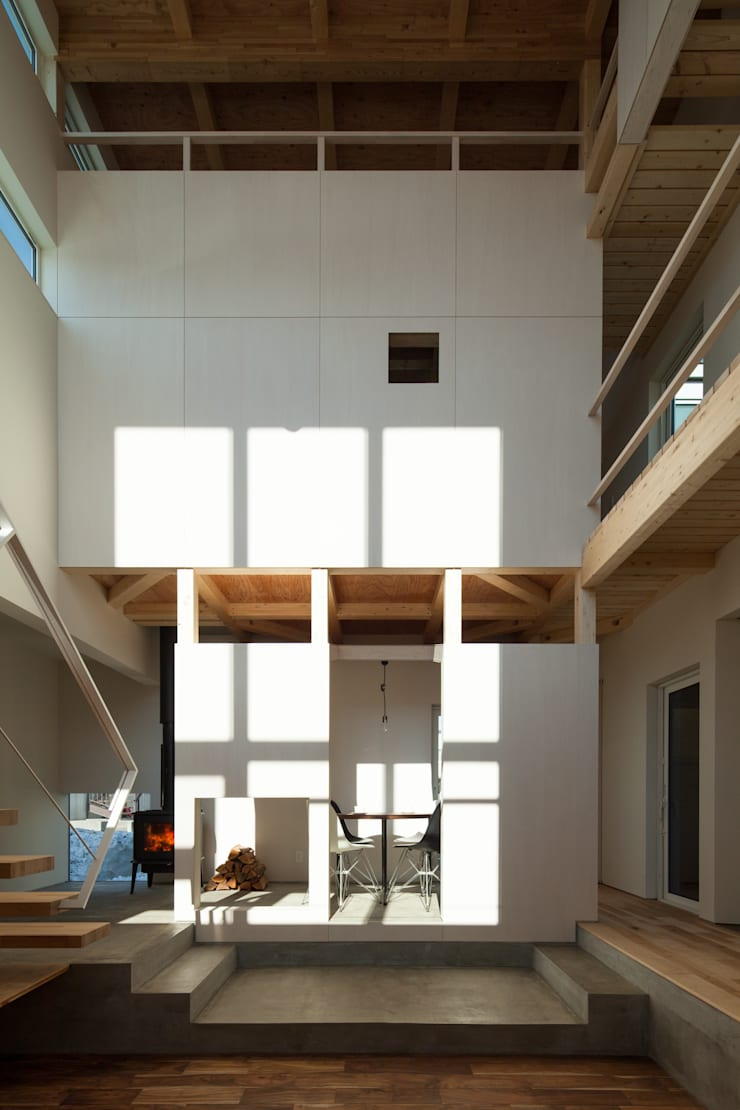 Living room by 一級建築士事務所 Atelier Casa, Modern