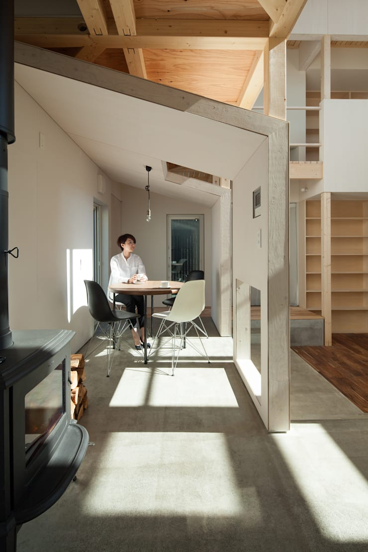 Dining room by 一級建築士事務所 Atelier Casa, Scandinavian