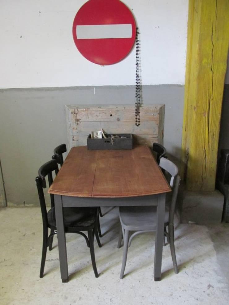 Oude tafel als eettafel of bureau, Antraciet:   door Were Home, Rustiek & Brocante