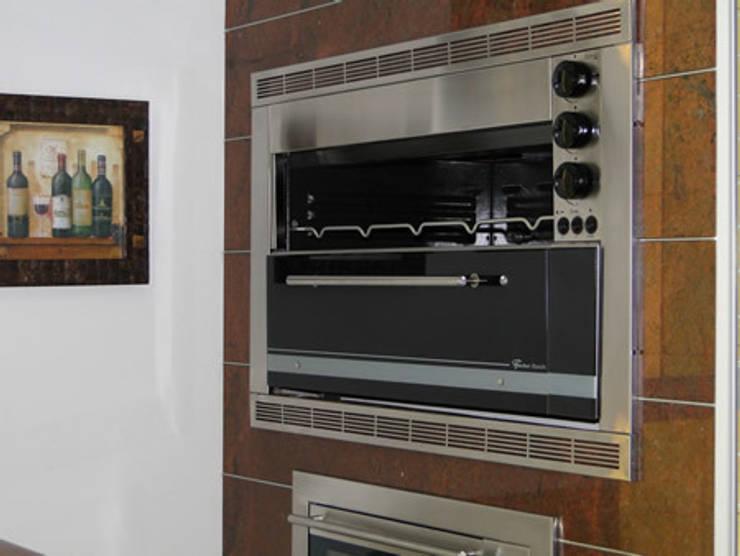 Churrasqueiras à Gás: Cozinha  por SC Lareiras