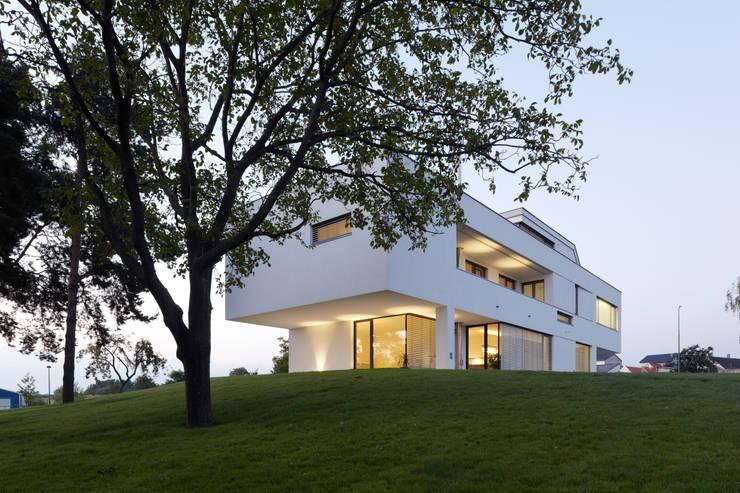 Büro- & Wohnhaus MAMK:  Häuser von Architekt DI Anton Mayerhofer ZT GmbH