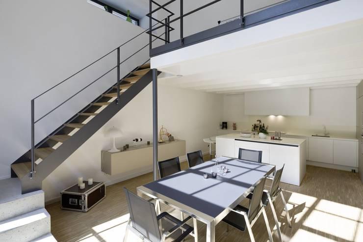 Duplex-Loft:  Esszimmer von Hauser - Architektur