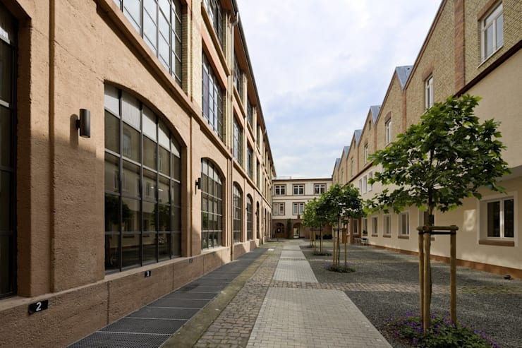Innenhof Tuchfabrik:  Häuser von Hauser - Architektur