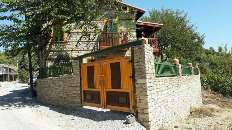 บ้านและที่อยู่อาศัย by Kayalar İnşaat Ltd şti.
