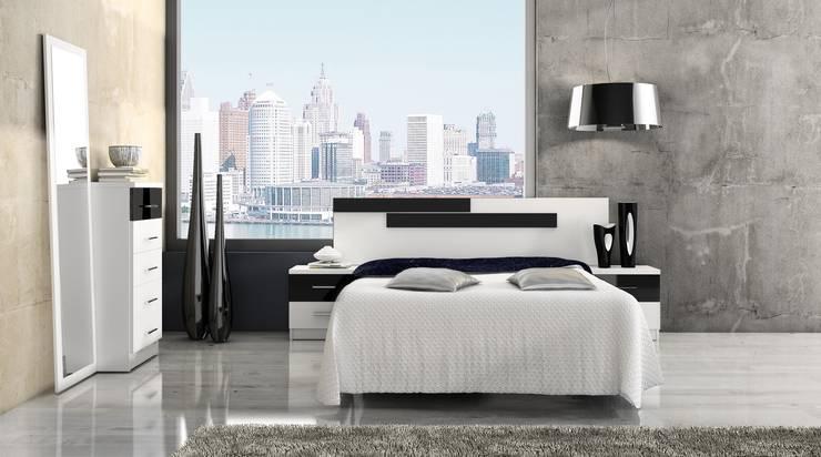 Dormitorios de estilo  por GALDIS MUEBLES SL