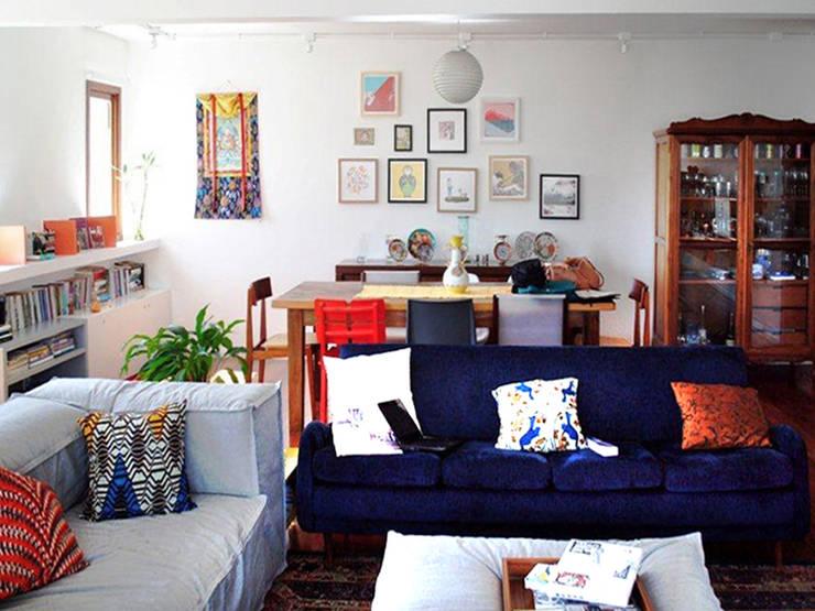 Encantado Flat: Salas de estar  por Red Studio,Moderno