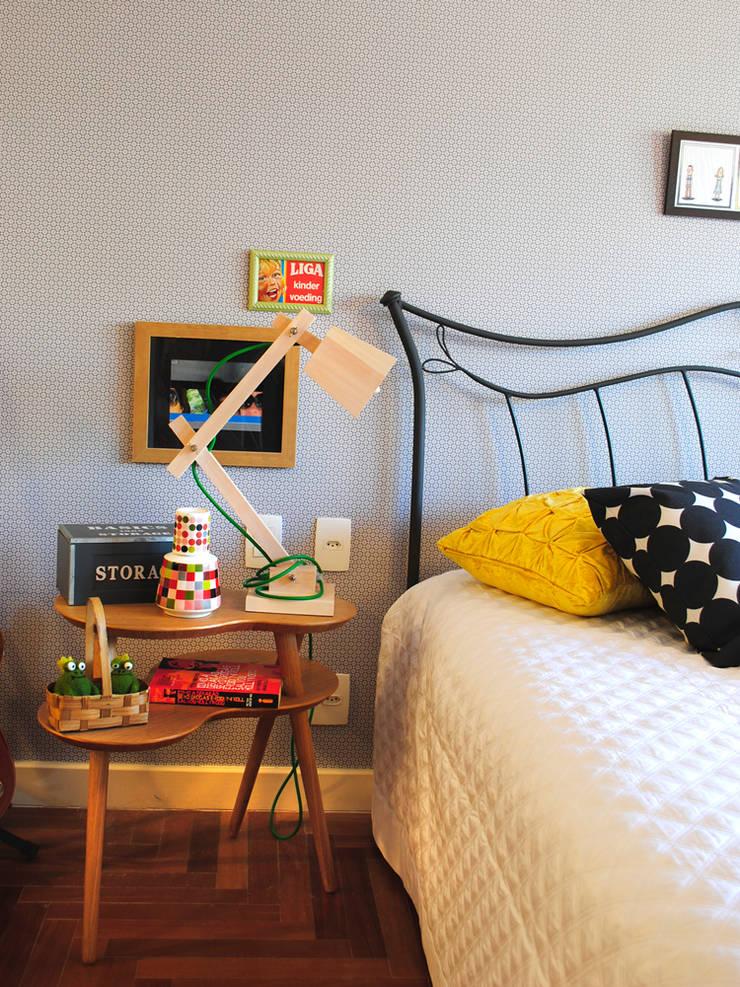 Encantado Flat: Quartos  por Red Studio,Moderno