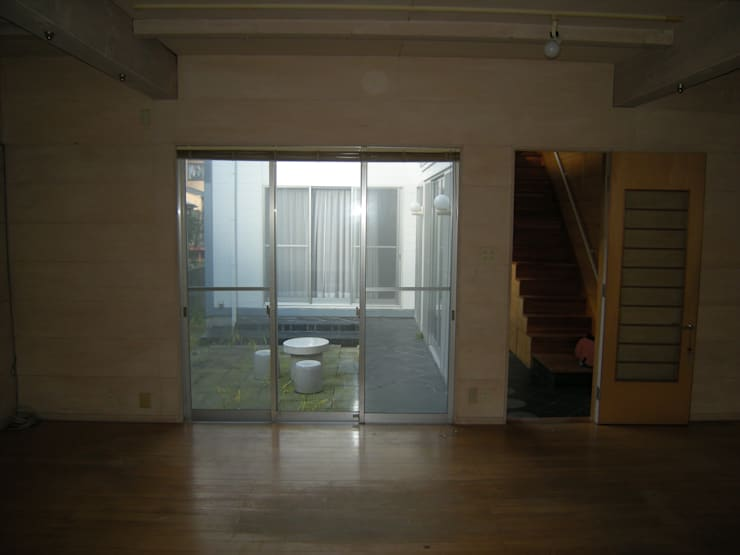 建築家の元自邸をリノベーションでさらに快適な空間に!: 株式会社リボーンキューブが手掛けたです。,