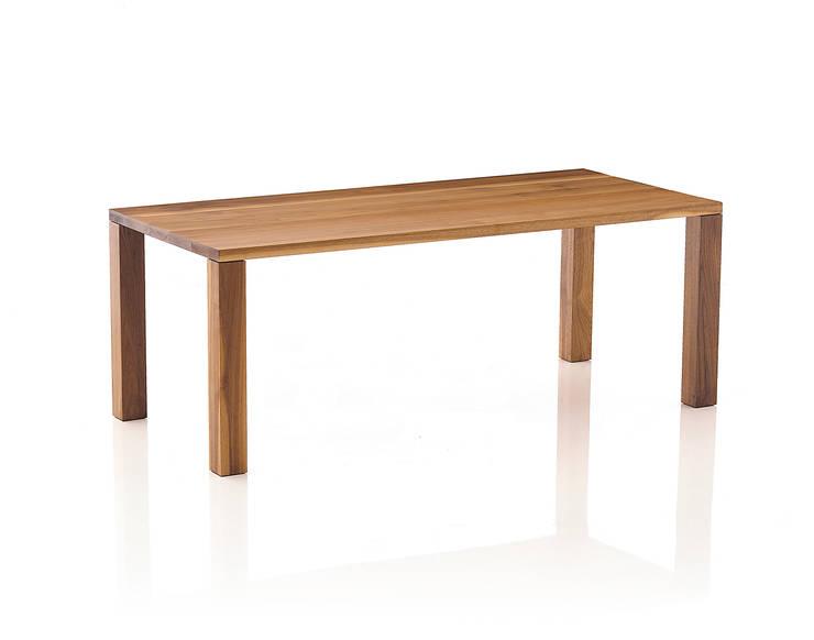 Basic Table 01: Moon studio의  다이닝 룸