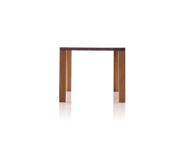 Basic Table 03: Moon studio의  다이닝 룸