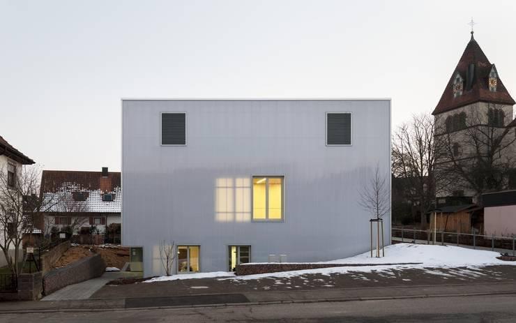 Transluzente Fassade:  Veranstaltungsorte von AAg Loebner Schäfer Weber BDA