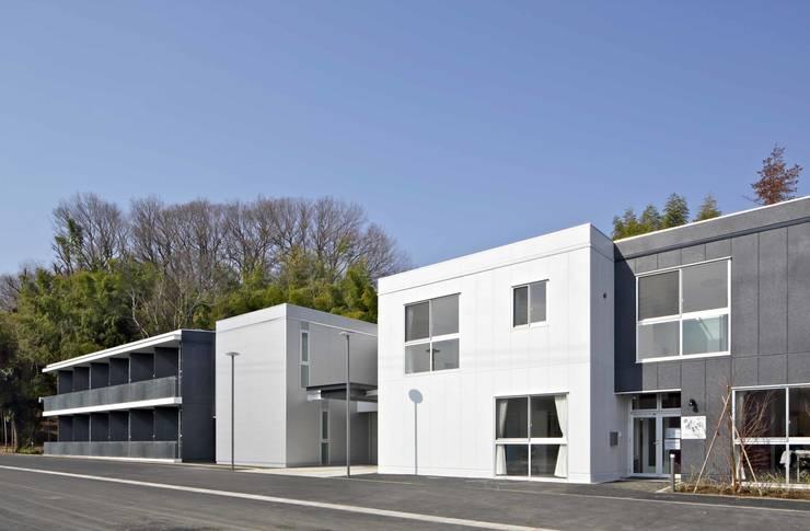 外観: 株式会社ヨシダデザインワークショップが手掛けた家です。,モダン