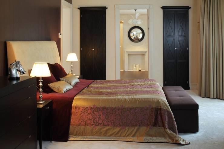 Дом в Горках: Спальни в . Автор – Lighthouse Projects