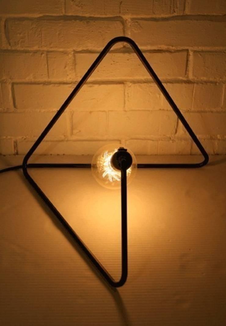 CablePower TRYangle: styl , w kategorii Sypialnia zaprojektowany przez CablePower