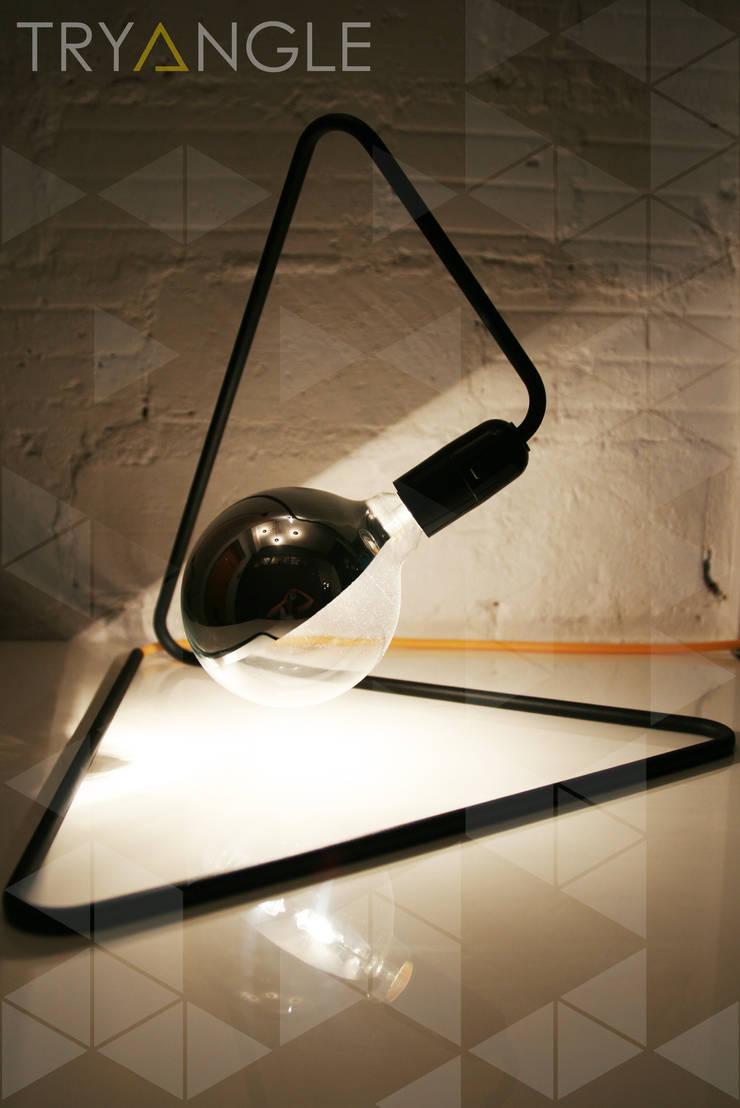 CablePower TRYangle: styl , w kategorii Salon zaprojektowany przez CablePower