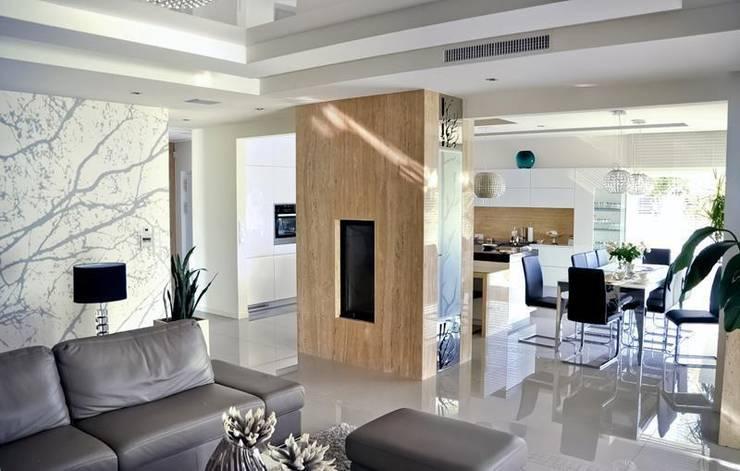 modern Dining room by Abakon sp. z o.o. spółka komandytowa