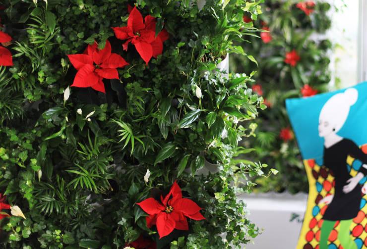 Wertykalne ściany kwiatowe Pixel garden: styl , w kategorii Zieleń wewnątrz zaprojektowany przez Pixel Garden