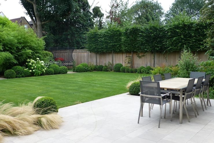 Large family garden:  Garden by Garden Arts