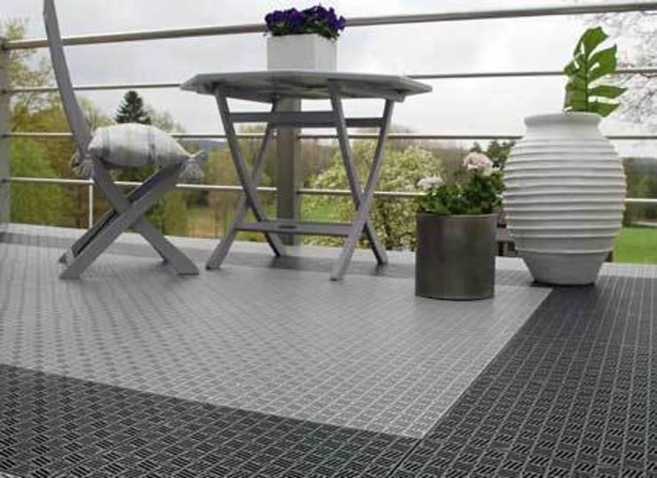 Tерраса в . Автор – Ecotile Flooring