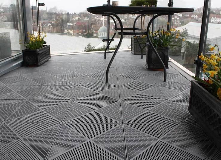 بلكونة أو شرفة تنفيذ Ecotile Flooring