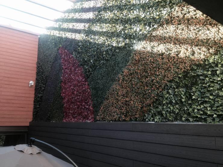 Muros verdes Artificiales Innover: Jardín de estilo  por Grupo Boes