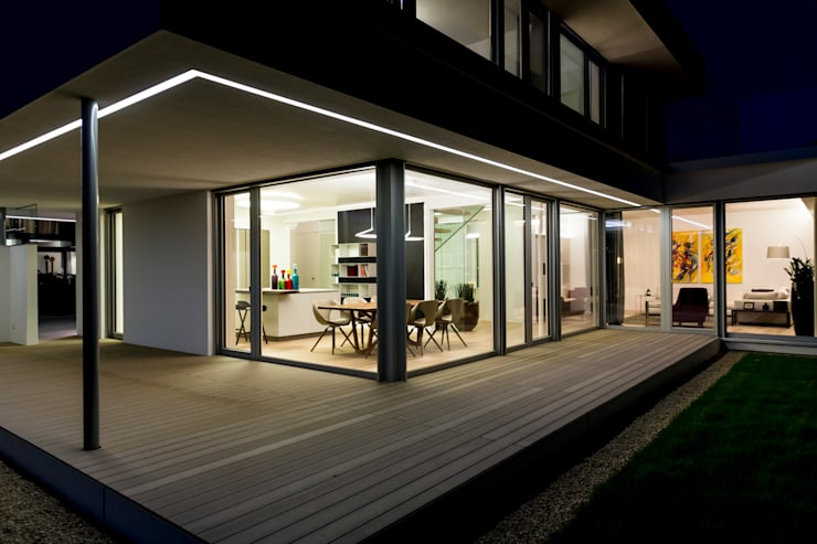 Patios & Decks by ARKITURA GmbH,