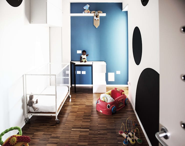 II 2015: Stanza dei bambini in stile in stile Moderno di Antonio Buonocore