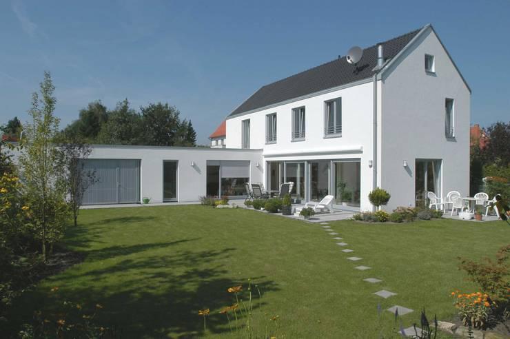 Einfamilienhaus S  in Steinfurt - Münster: klassische Häuser von Vissing Architekten