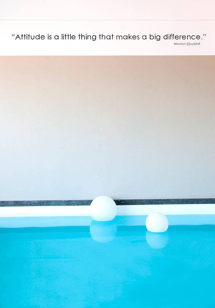 Piscina Interior, Setubal: Piscinas  por ÀS DUAS POR TRÊS