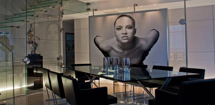 Torre Aura Altitud: Comedores de estilo  por STUDIO ALMEIDA DESIGN