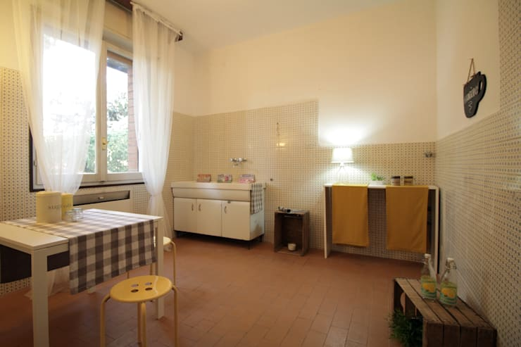 Foto Di Tende Da Soggiorno : Home staging casa atelier di una pittrice michela