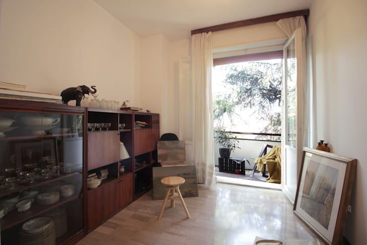 Lo studio laboratorio dell'Artista: Studio in stile in stile Classico di Michela Galletti Architetto e Home Stager
