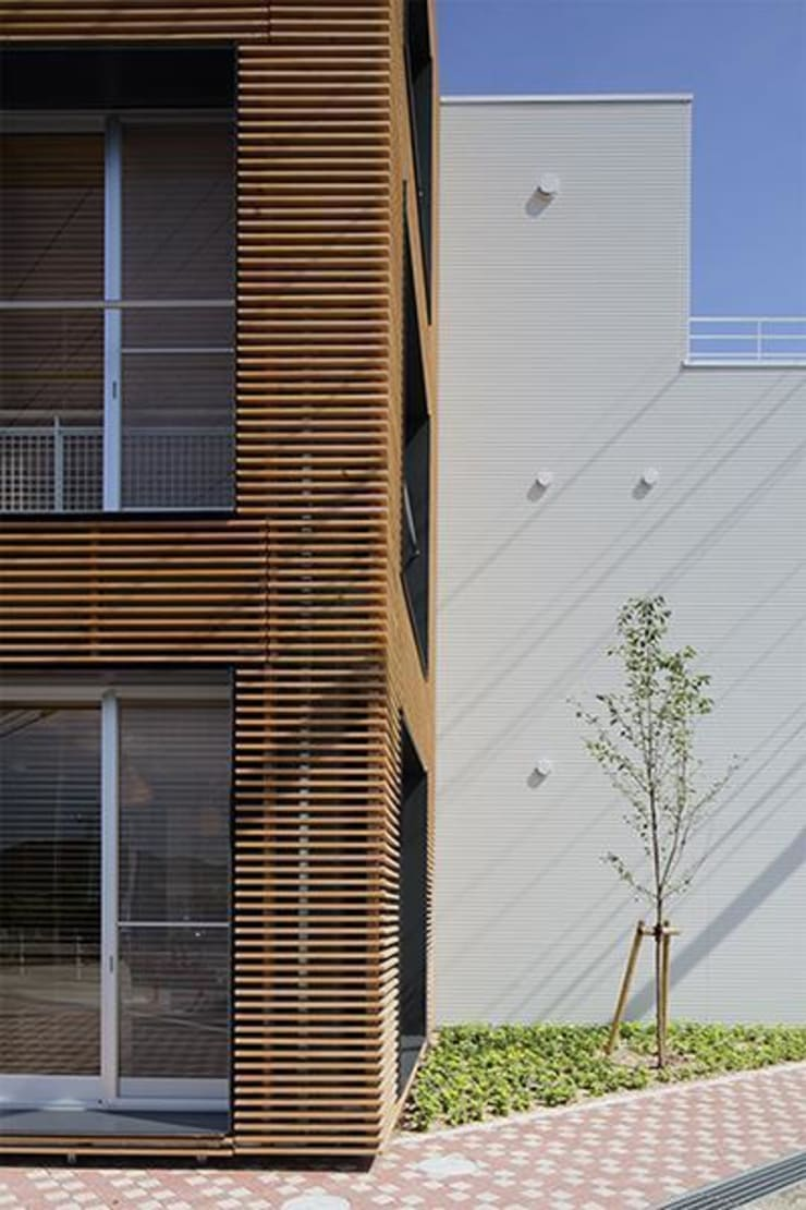 Häuser von 株式会社ヨシダデザインワークショップ, Modern