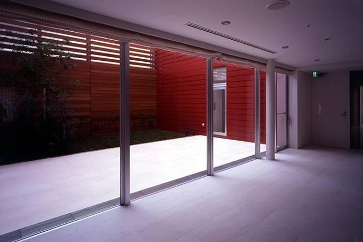 住戸の一つに設けた専用の中庭。: 株式会社ヨシダデザインワークショップが手掛けた庭です。,