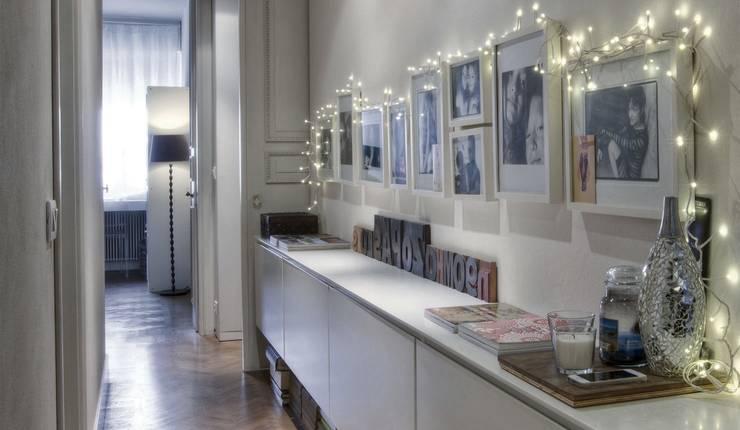 Interior a Santarcangelo: Ingresso & Corridoio in stile  di cristina zanni designer