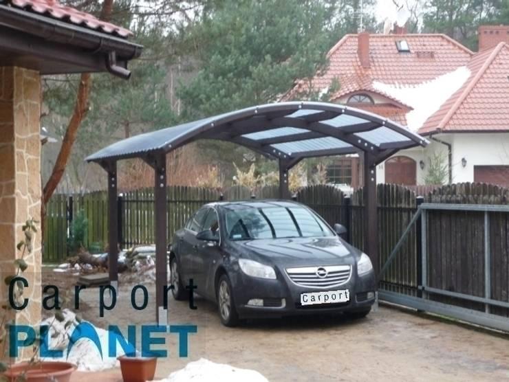 Wiaty Garazowe Samochodowe – Carport: styl , w kategorii  zaprojektowany przez P.H.U. Carport Planet Konstrukcje Drewniane