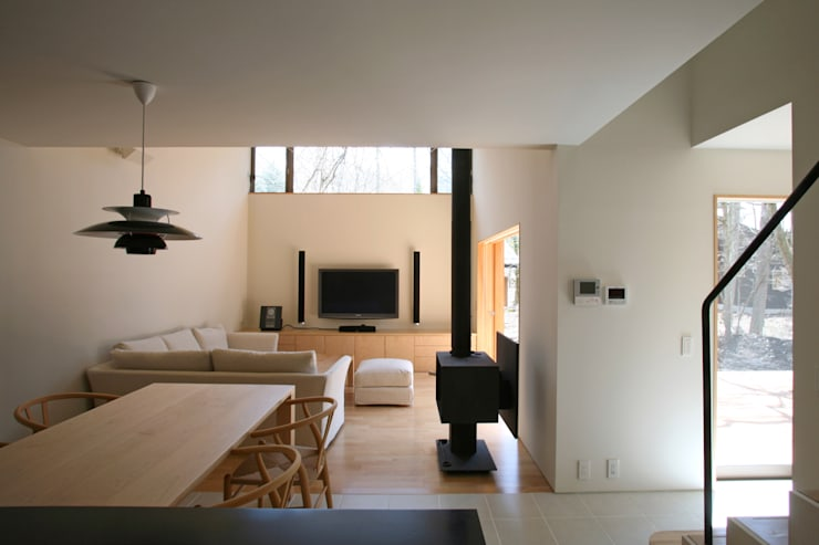 Living room by 設計事務所アーキプレイス