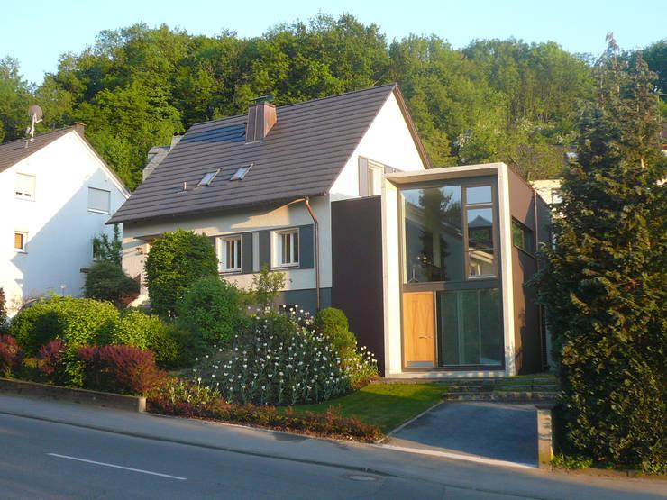 Strassenansicht:  Häuser von wilhelm und hovenbitzer und partner