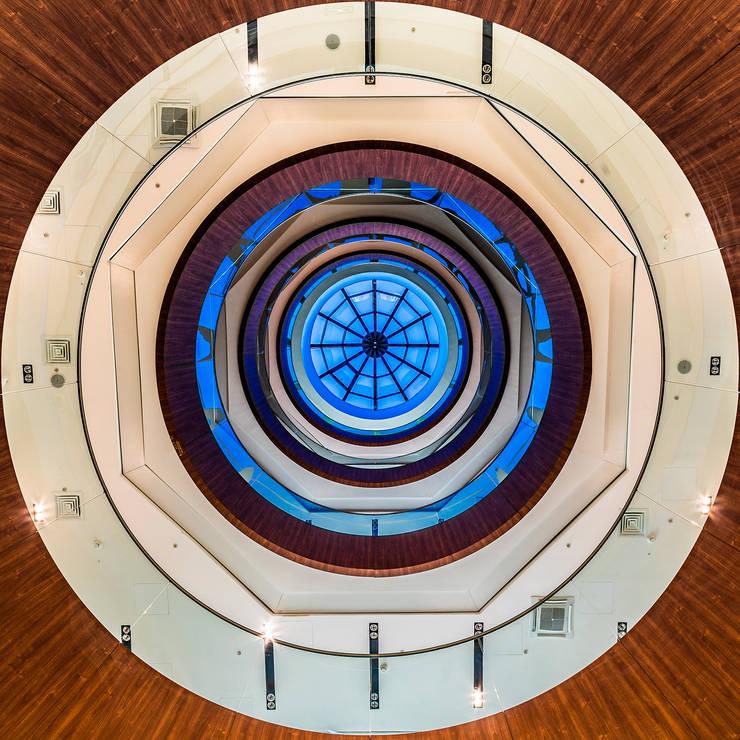 Офис компании <q>ЛУКОЙЛ</q> в Санкт-Петербурге: Офисные помещения в . Автор – Belimov-Gushchin Andrey