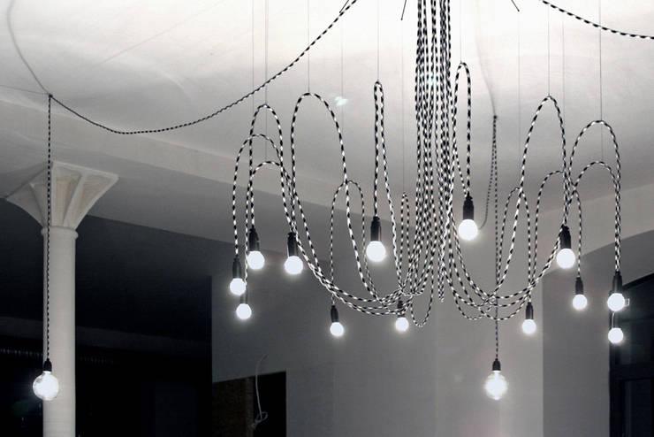 Lampa CableSIXTEEN w aliganza fashion: styl , w kategorii Powierzchnie handlowe zaprojektowany przez CablePower