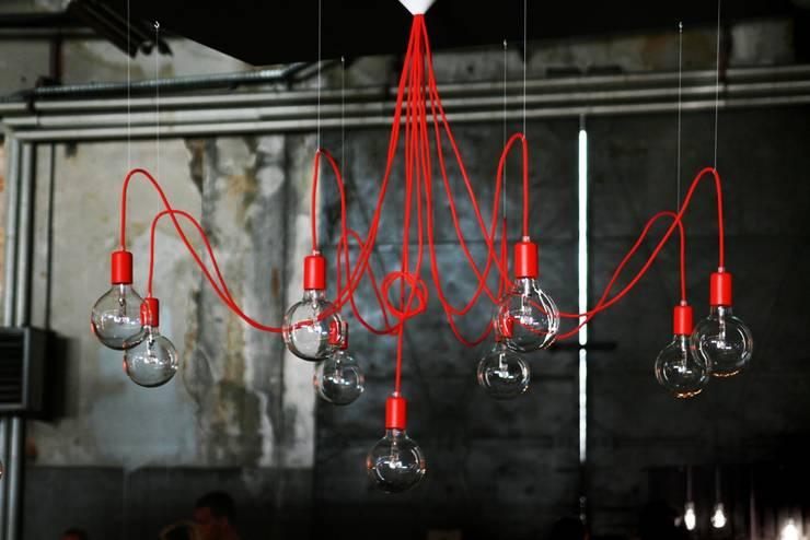 Lampa MULTIcable: styl , w kategorii Pomieszczenia biurowe i magazynowe zaprojektowany przez CablePower