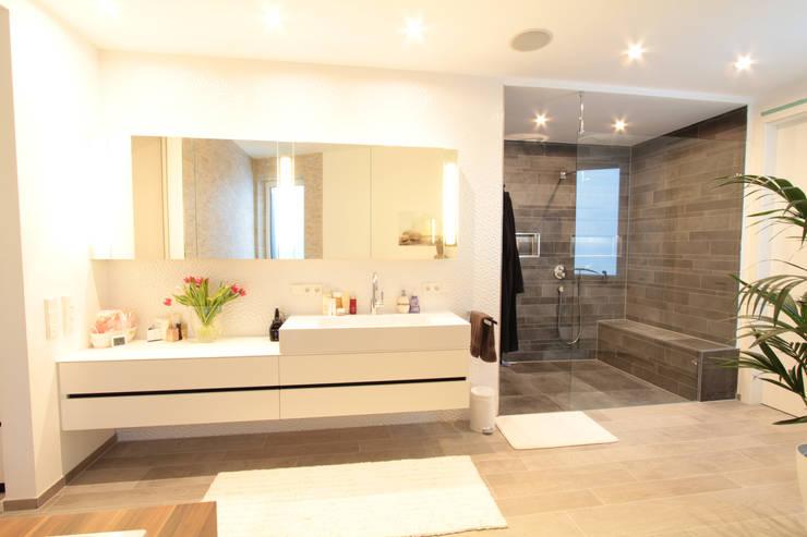 حمام تنفيذ La Casa Wohnbau GmbH