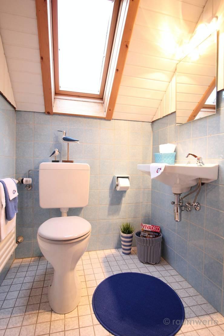 Kamar Mandi oleh raumwerte Home Staging, Country