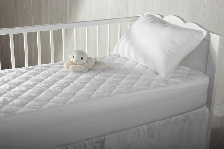 Dormitorios infantiles de estilo  por PIKOLIN HOME