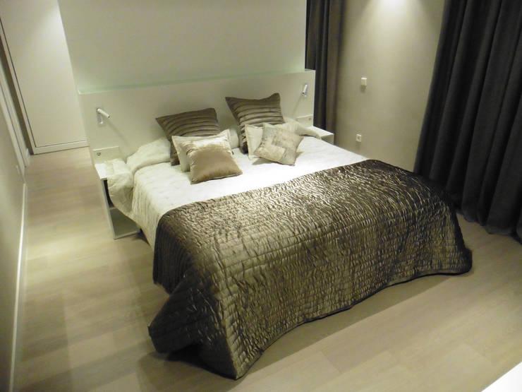 habitacion suite: Dormitorios de estilo moderno de LF24 Arquitectura Interiorismo