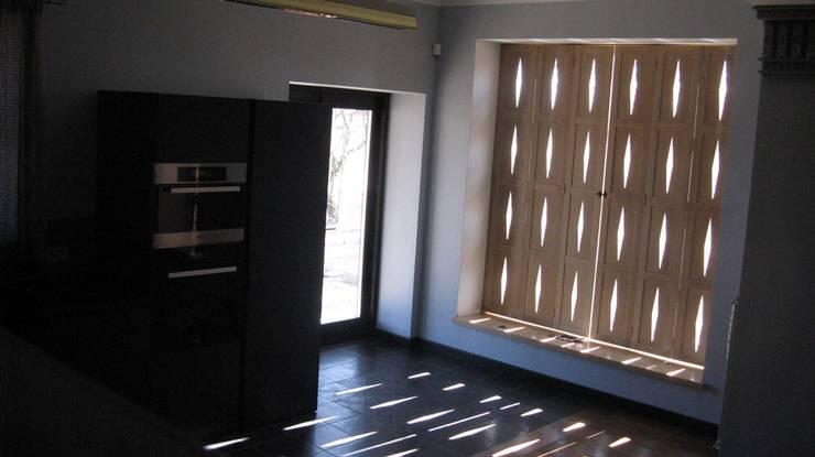 Kitchen by Архитектор Владимир Калашников , Classic
